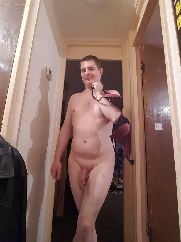 real amateur naked posts men