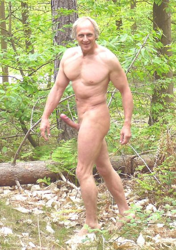 Amateur naked people